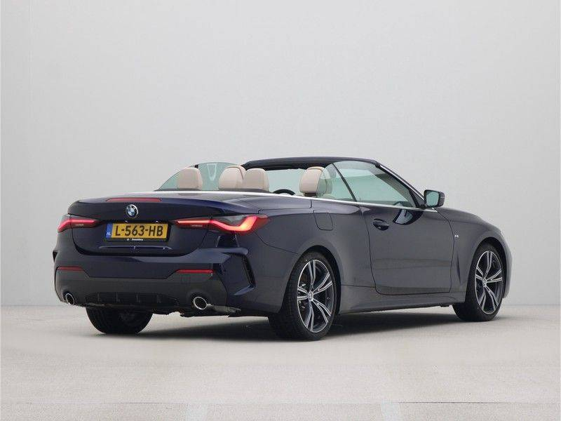 BMW 4 Serie Cabrio 420i High Executive M-Sport Automaat afbeelding 12