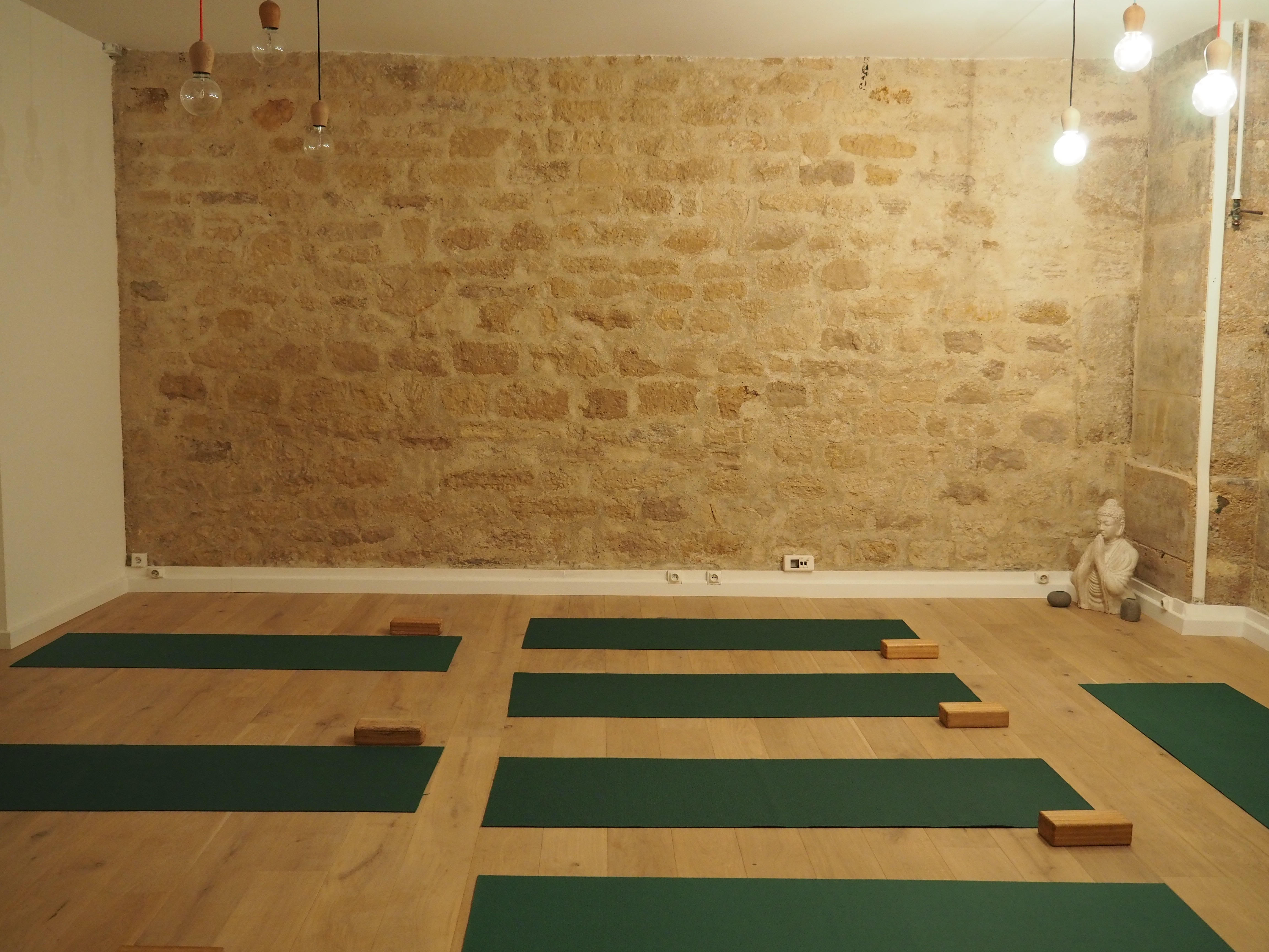 Studio Yoga Searcher