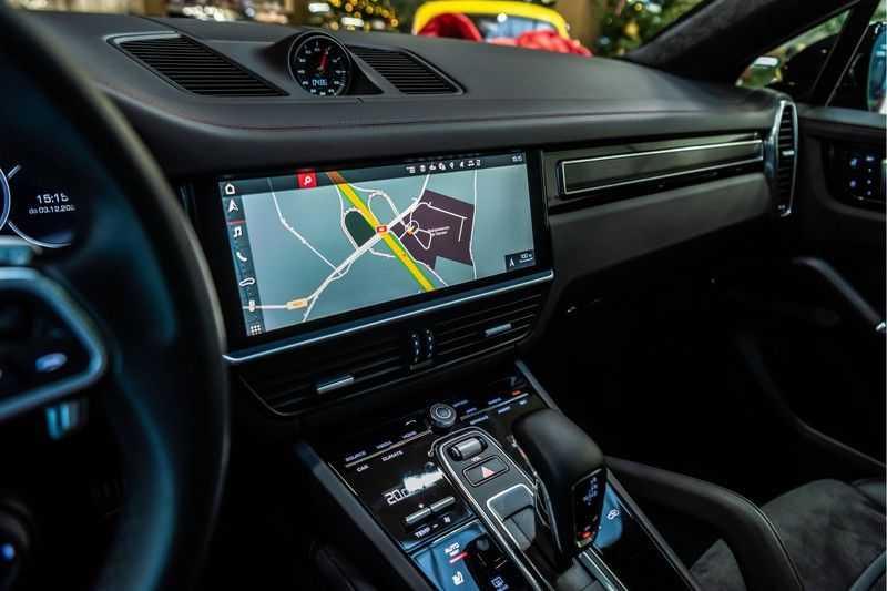 Porsche Cayenne Coupé 4.0 GTS | Head-up-Display | BOSE | Adaptieve luchtvering afbeelding 25
