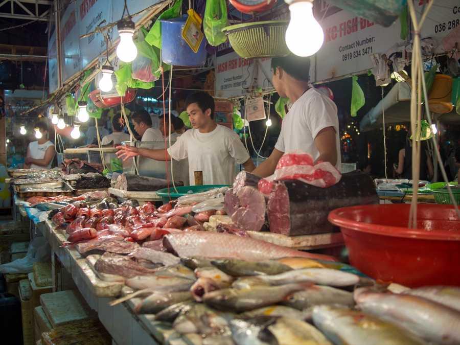 Wet market in Boracay