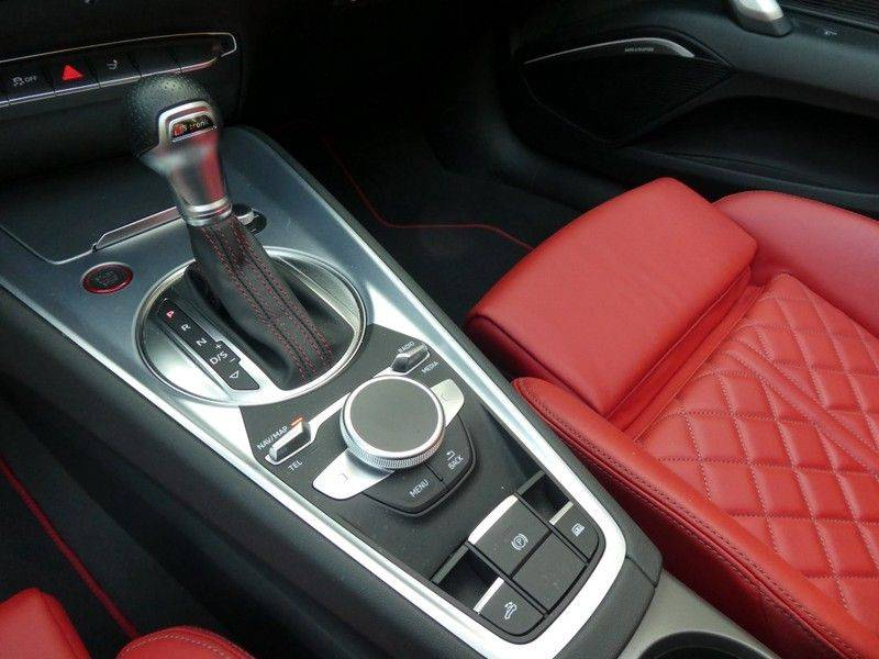 Audi TT TTS Roadster Quattro automaat afbeelding 17