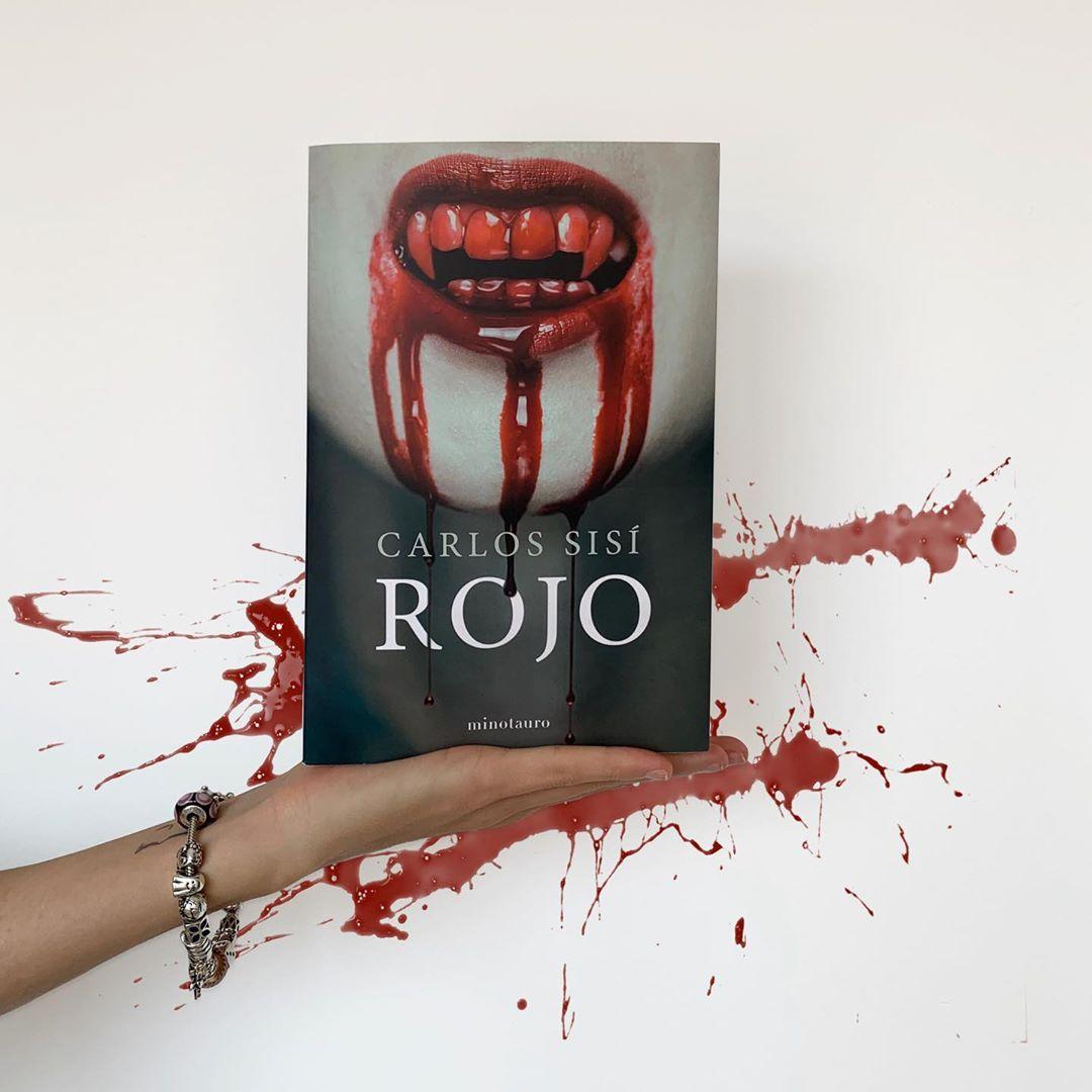 """Imagen de Reseña de """"Rojo"""", de Carlos Sisí"""