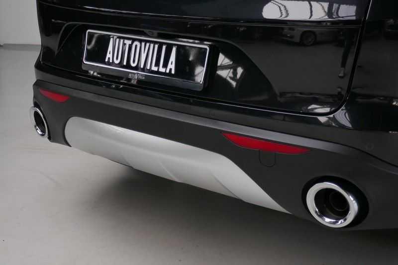 Alfa Romeo Stelvio 2.0 T AWD Q4 Special Edition afbeelding 13