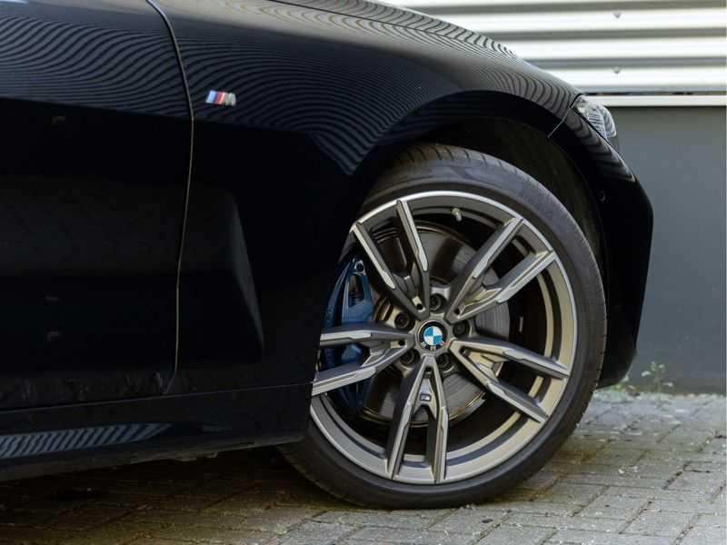 BMW 4 Serie Coupé M440i xDrive - High Executive - Dak - ACC - Harman Kardon afbeelding 8