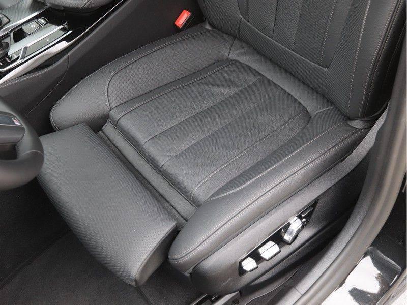 BMW 5 Serie 520d Sedan High Exe M-Sport afbeelding 16