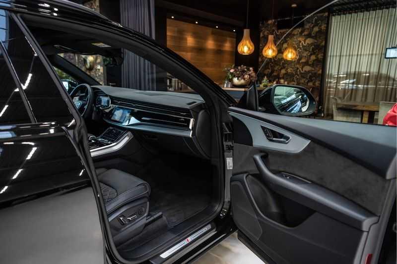 Audi Q8 55 TFSI quattro 3x S-line | PANO | 4 wielsturing | Tour | Trekhaak | Matrix LED | afbeelding 25