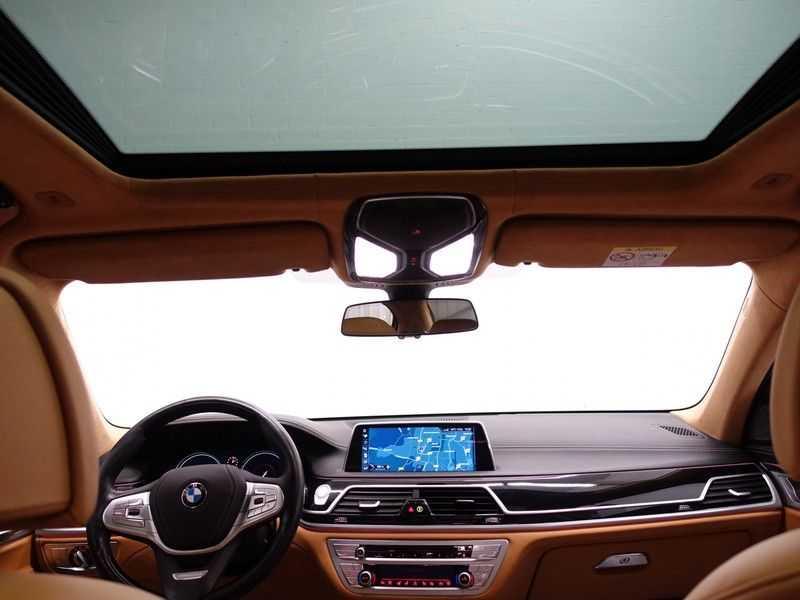 BMW 7 Serie 730d xDrive Individual 266pk M-Sport Aut8 Full options, Nw prijs €163.439,- afbeelding 20