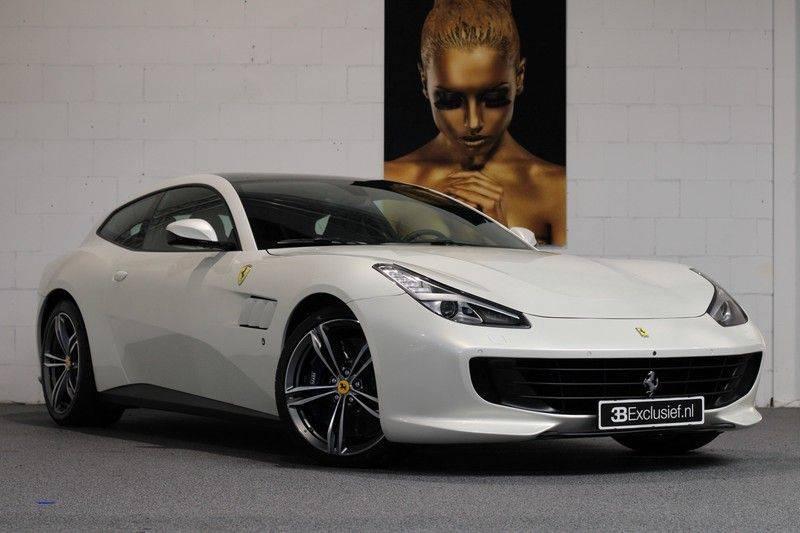 "Ferrari GTC4 Lusso 6.3 V12 2 years Ferrari warranty, HELE, Apple Carplay, Passenger Display, JBL, Pano, 20"" afbeelding 1"