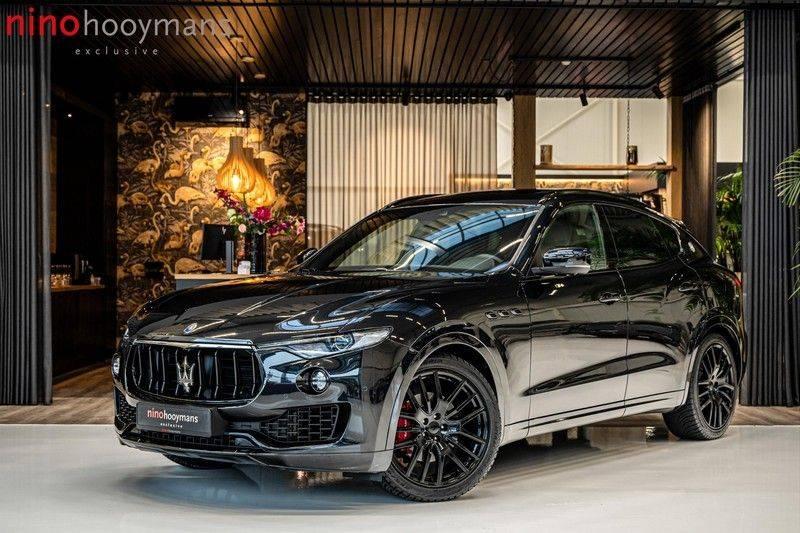 Maserati Levante 3.0 V6 D AWD | BTW | Black pack | Pano | Rood sticksel | Harman Kardon | Voertuigvolgsysteem | Nieuwe onderhoudsbeurt | afbeelding 1