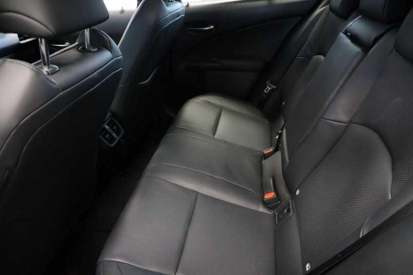 """Lexus UX 250h F Leder Navigatie Clima Cruise Camera Elektr. Klep 18""""LM *tot 24 maanden garantie (*vraag naar de voorwaarden) afbeelding 19"""
