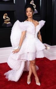 Grammys-red-carpet-Cardi