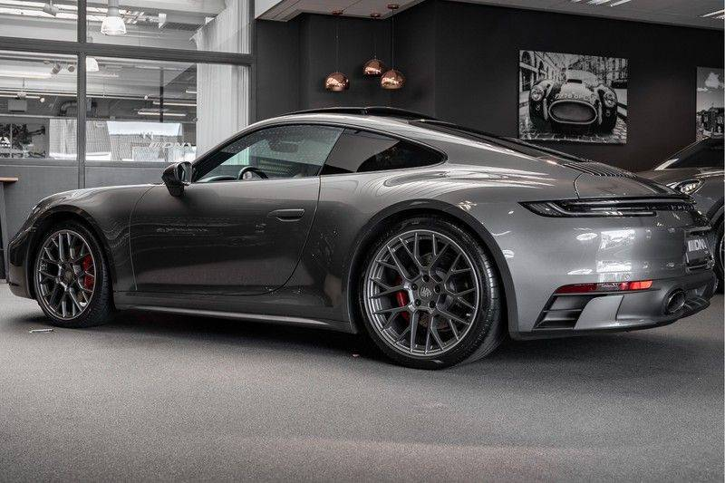 Porsche 911 992 4S Coupe Sport Design Pakket PDCC Ventilatie Pano ACC Surround Camera Achteras besturing 992 Carrera 4 S Vol afbeelding 5