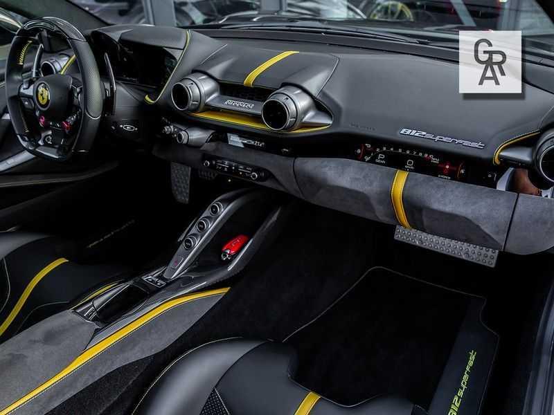 Ferrari 812 Superfast 6.5 V12 HELE | Daytona Carbon Seats | Lift | afbeelding 7