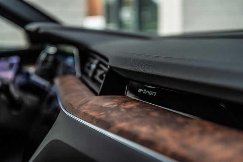 Audi e-tron 55 quattro advanced Pro Line Plus, 408 PK, 4% Bijtelling, Luchtvering, Surround View, Stad/Tour Pakket, B&O, EX. BTW!! afbeelding 16