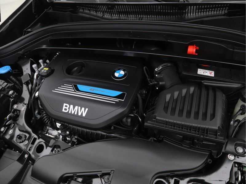 BMW X1 xDrive25e eDrive Edition M-Sport afbeelding 6