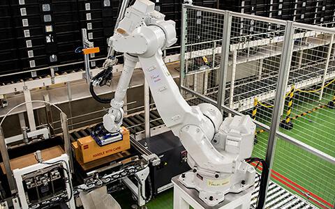 ローム・ロジステック株式会社様 ロボット導入事例
