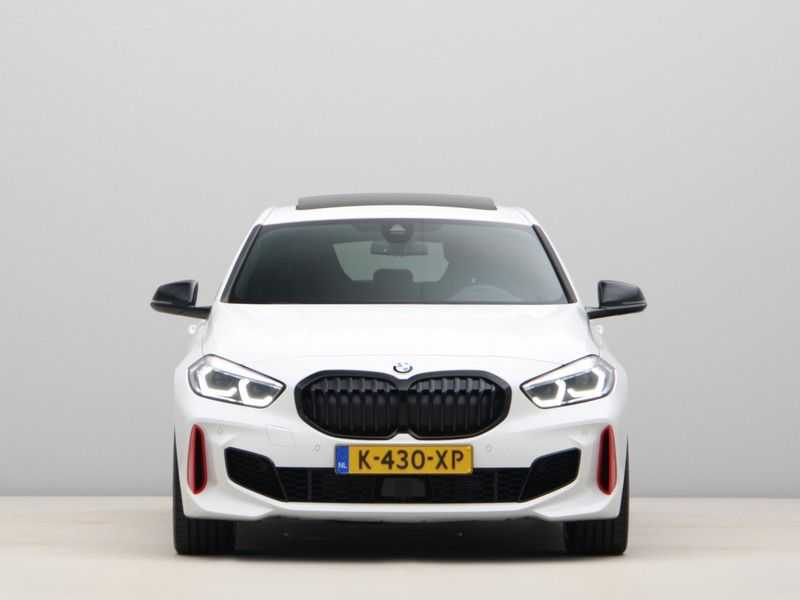 BMW 1 Serie 128ti High Exe Aut. 266 pk afbeelding 3