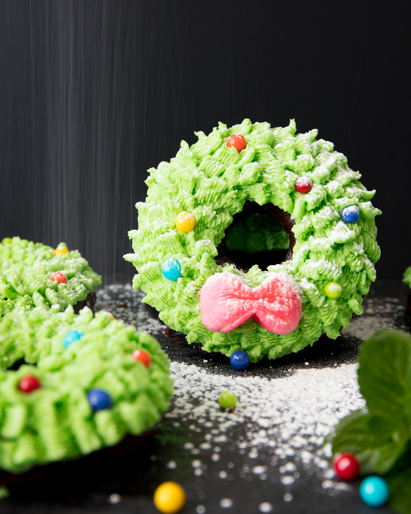 Vegan Wreath Donut Cakes