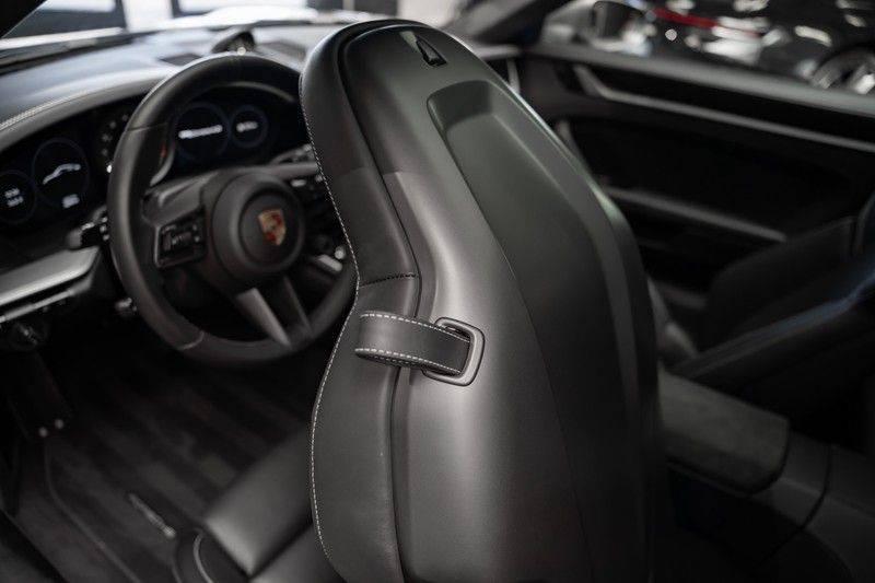 Porsche 911 992 4S Coupe Sport Design Pakket PDCC Ventilatie Pano ACC Surround Camera Achteras besturing 992 Carrera 4 S Vol afbeelding 24