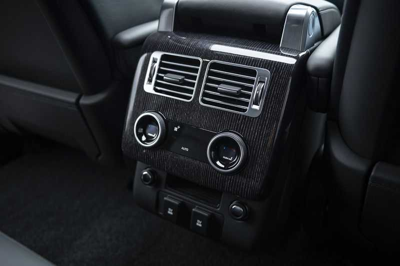 Land Rover Range Rover 4.4 SDV8 Autobiography Head Up, Adaptive Cruise Control, Gekoelde/ Verwarmde stoelen, Massage Functie afbeelding 17