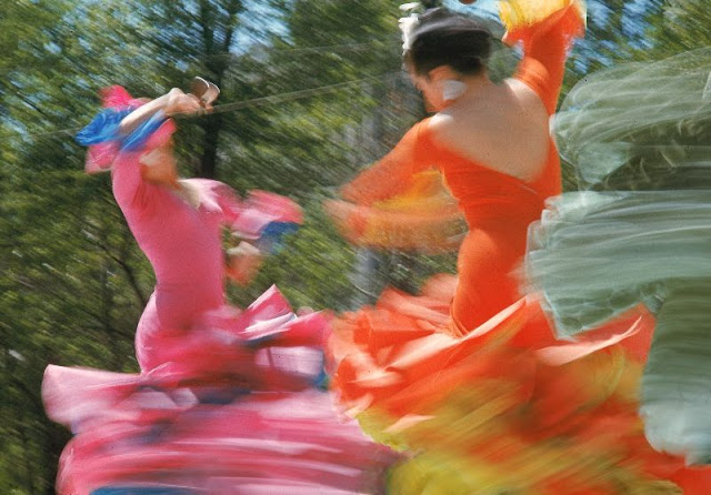 colorful dancers in mexico