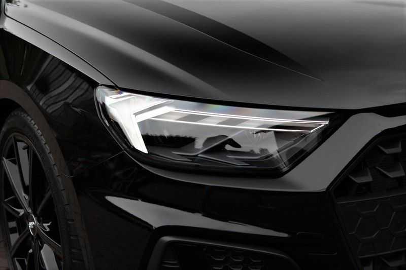 Audi A1 Sportback 40 TFSI S-LINE+LEDER+NAVI+ABT afbeelding 2