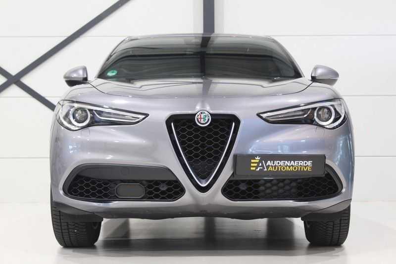 Alfa Romeo Stelvio 2.0 T AWD Super Veloce pack | Sportstoelen | Trekhaak | Adaptive cruise control | Leer afbeelding 23