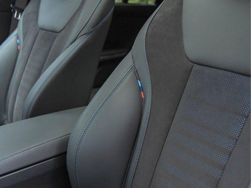 BMW 3 Serie Touring 330i M-Sport - Panorama - Trekhaak - Harman Kardon afbeelding 20