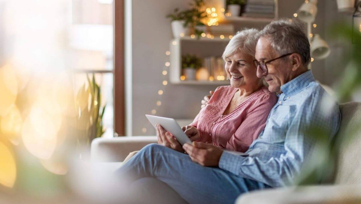Best Laptop for Seniors & Parents