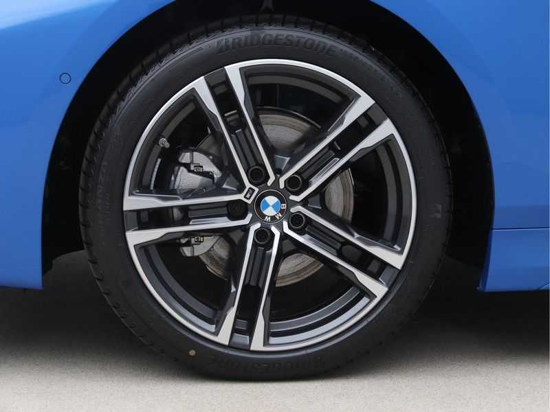 BMW 1 Serie 118i High Executive M-Sport afbeelding 21