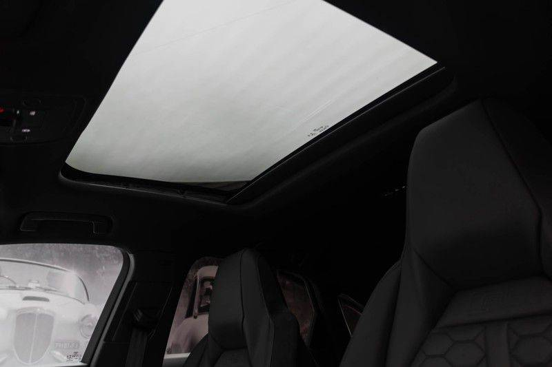 "Audi RSQ3 Sportback 2.5 TFSI 400pk Quattro Panoramadak BlackOptic B&O ValconaLeder+Memory Matrix Navi/MMI DriveSelect Keyless Camera 21"" Pdc afbeelding 5"