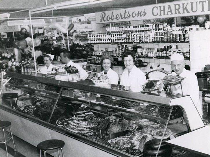 Den nya saluhallen i hållstugan på 60-talet