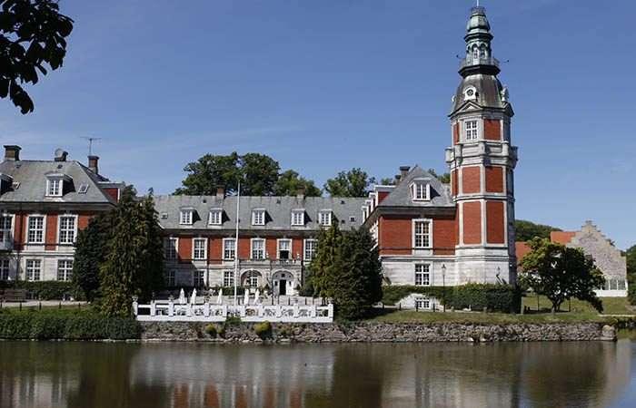 det smukke Hvedholm Slot