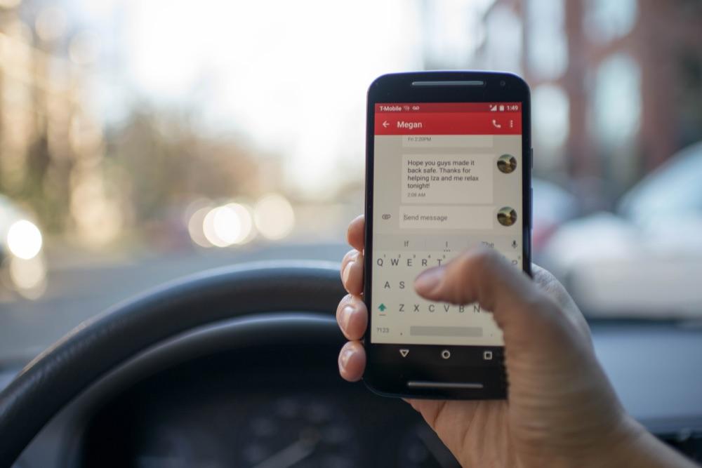 fleet driver using cell phone