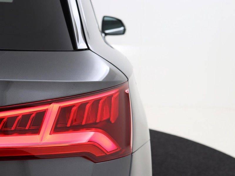 Audi Q5 50 TFSI e 299 pk quattro S edition   S-Line  Matrix LED koplampen   Assistentiepakket City/Parking   360* Camera   Trekhaak wegklapbaar   Elektrisch verstelbare/verwambare voorstoelen   Verlengde fabrieksgarantie afbeelding 12