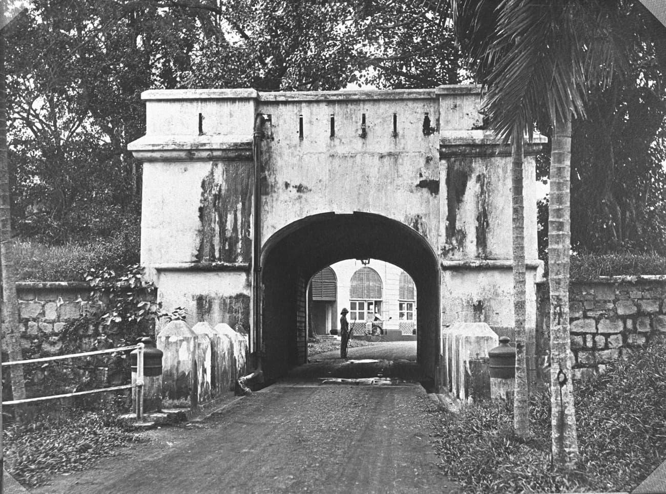 Fort Canning Entrance, 1925