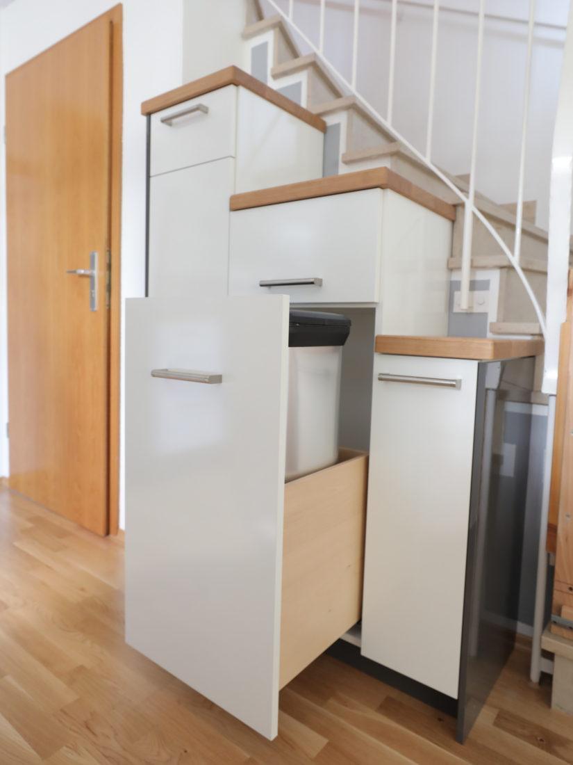 Der Küchenschrank von RUPPERTdesign wurde ausschließlich aus sehr hochwertigen und langlebigen Materialien gefertigt.