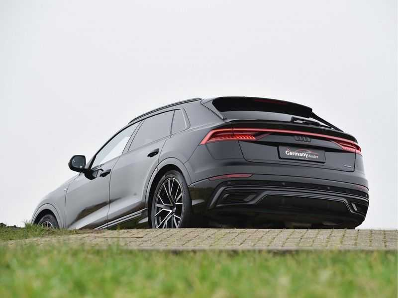 Audi Q8 50TDI 286pk Quattro S-Line Black Optic Lucht RS-zetels B&O High-end Alcant.Hemel TV Head-Up Standk ALLE OPTIES! afbeelding 13