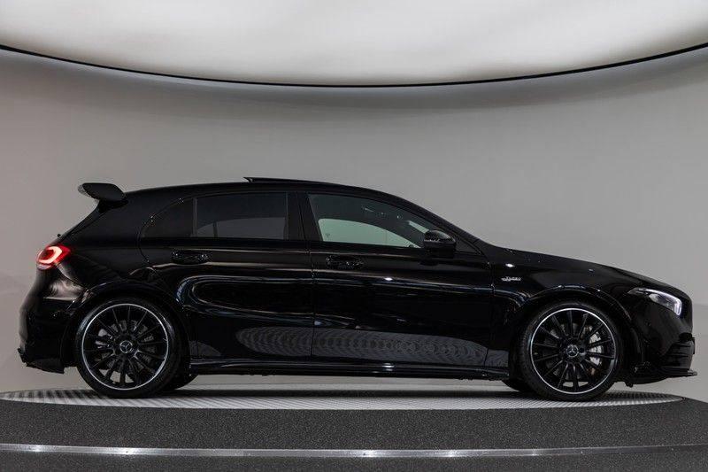 "Mercedes-Benz A-Klasse A35 AMG 306pk 4Matic AeroPack Panoramadak Nightpakket Schaalstoelen+Memory Widescreen Burmester AmbientLight Multibeam RideControl SuperSportStuur ComandOnline Full-Led 19"" Parktronic Camera Pdc afbeelding 13"