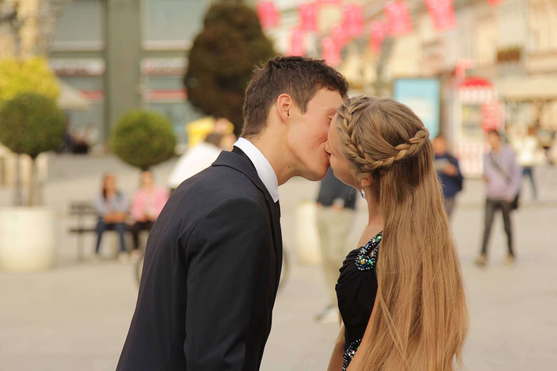 Foreigner Couples Kissing in Public