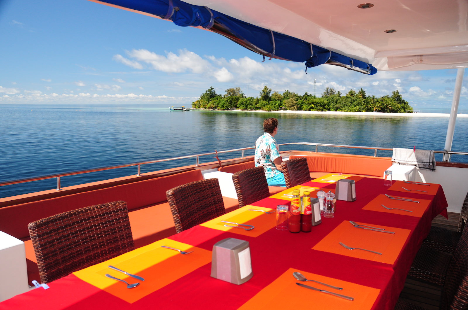 Carpe Vita Explorer Maldives Surf Charter Outside Dining