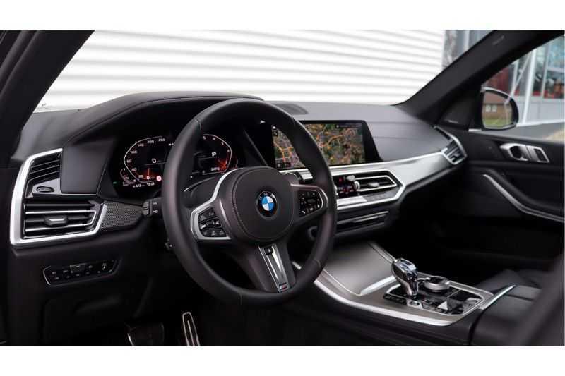 BMW X5 M50d High Executive Harman/Kardon, Panoramadak, Soft-Close, DAB afbeelding 2
