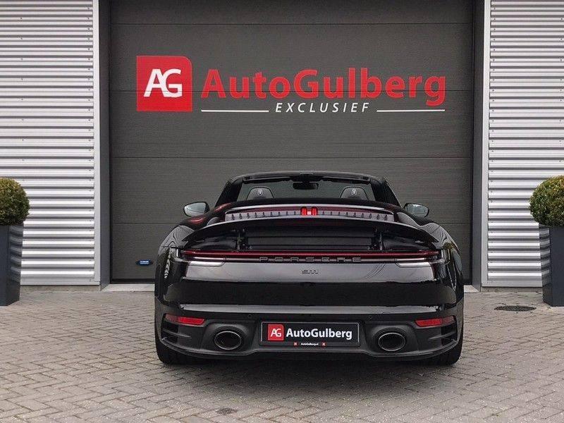 Porsche 911 Cabrio 3.0 Carrera 992 ACC, Sport/Chrono, Sportuitlaat, 14 Way, 360* Camera, Lane Assist, PASM, PDLS Plus, 21INCH afbeelding 10