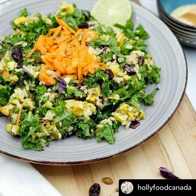 Ordering food to go is a great way to support local businesses throughout this pandemic! Holly Foods, one of our clients at North Shore Commissary, offers a delicious array of healthy options, made with local ingredients. Visit their website or give them a follow to take a look for yourself! .  Posted @withregram • @hollyfoodcanada 🎉❤Holly chicken kale salad If you frequently eat green salads, you'll likely have higher blood levels of a host of powerful antioxidants (vitamin C and E, folic acid, lycopene, and alpha- and beta-carotene,) especially if your salad includes some raw vegetables. Antioxidants are substances that help protect the body from damage caused by harmful molecules called free radicals. 🌟Plan for your healthy eating in advance, place your order now, 📞604-364-1416 it's $14 for a single meal, or check out hollyfood.co for more options and deals! ------------------------------------ We cook Food & Serve Love 💕  Follow #HollyFoodCanada for more! ------------------------------------ #organic #foodphotography #freshfood#yoga #healthyfood#highprotein#vegan#lifestyle #foodporn#yummy#running#aerobic#athlete #instafood#northvancouver #mealplan #mealprep#nutritionist#food#healthyeating #foodsafety#dietitian #vancouverfood#health #gym#workout