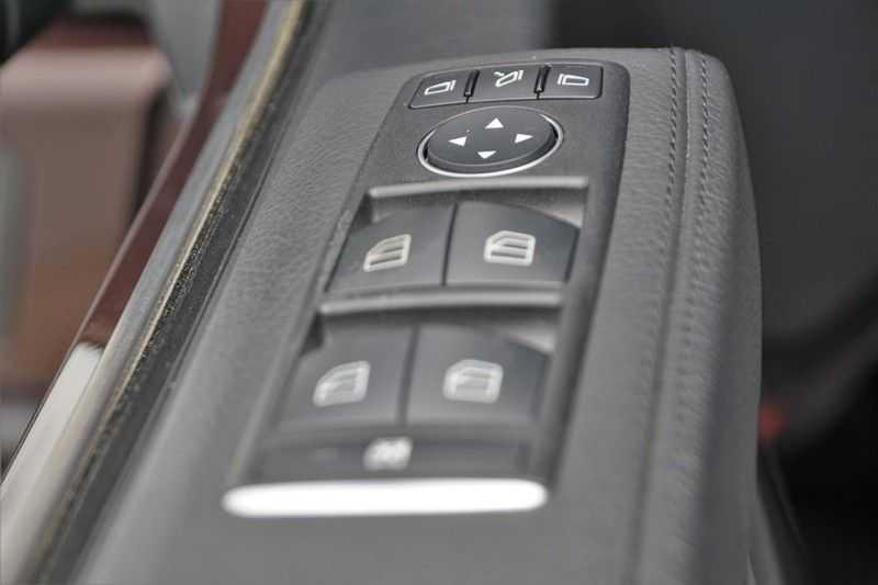 Mercedes-Benz G-Klasse 350 D / Grijs kenteken / Ex. BTW / NL-Auto / 68dkm NAP / Camera / Trekhaak / Climate / Cruise afbeelding 15