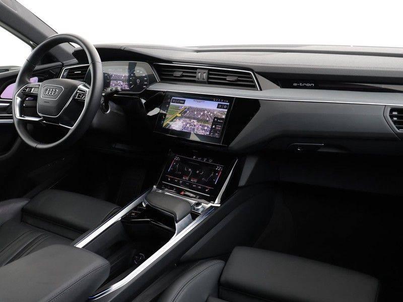 Audi e-tron 55 Quattro Incl. BTW | +/- €130 netto bijtelling| Camerabeeld spiegels | Adapt. Cruise | NAVI | Head-Up Display | 21 Inch | Matrix LED | 360 Camera | B&O | DAB | Keyless-Entry | Pano-Dak | afbeelding 2