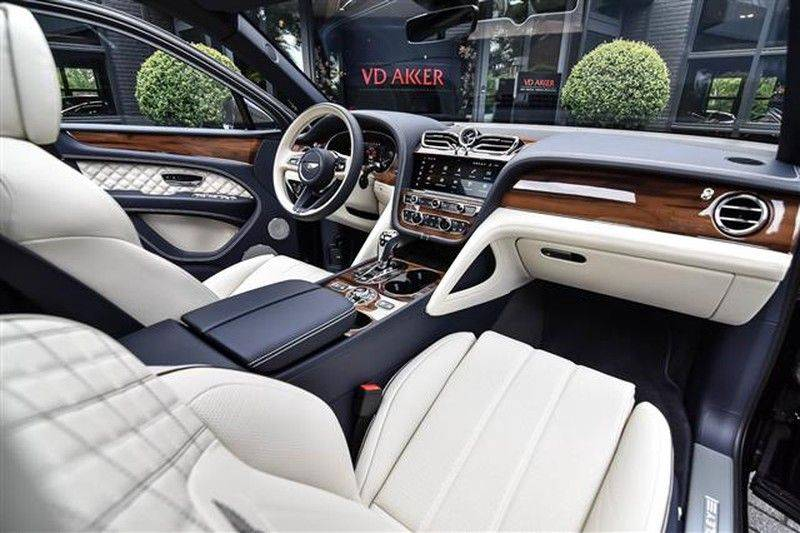 Bentley Bentayga V8 FIRST EDITION BLACKLINE+CERAMIC BRAKES NP.338K afbeelding 3