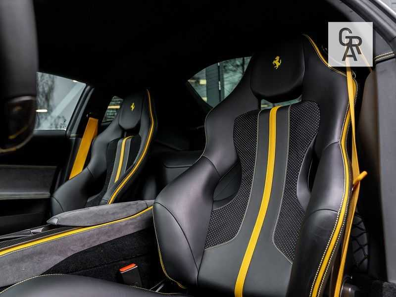 Ferrari 812 Superfast 6.5 V12 HELE | Daytona Carbon Seats | Lift | afbeelding 6