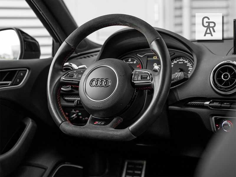 Audi RS3 Sportback 2.5 TFSI RS 3 quattro Pro Line Plus afbeelding 3
