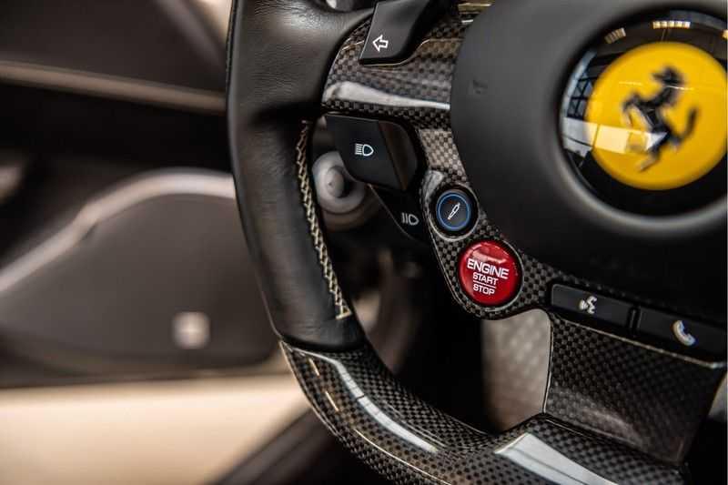 Ferrari Portofino 3.9 V8 HELE | Carbon | Alcantara | Homelink | Camera | afbeelding 18